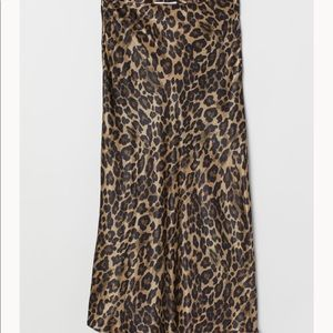 H&M Leopard Print Midi Satiny Skirt Calf Length 4